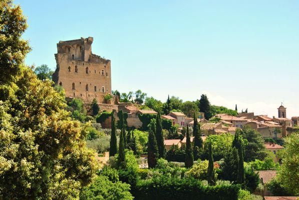 Vue Château et village